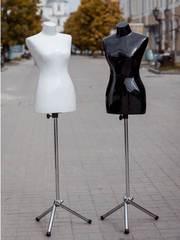 Манекен женский выставочный